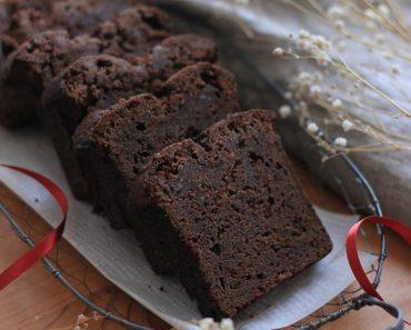 Lip-Smacking Dark Chocolate Coca Cola Pound Cake