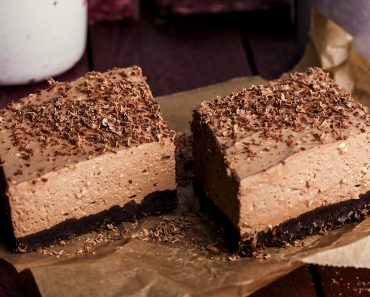 Creamy Chocolate Mousse Brownies