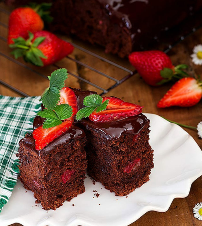 Strawberry Chocolate Olive Oil Cake (READY In Under 30 Minutes)