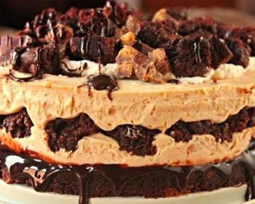 Perfect Peanut Butter Brownie Cheesecake